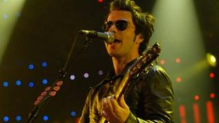 Kelly Jones o'r Stereophonics