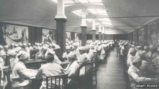 Female workers eating in the Kraft canteen decorated with Edvard Munch murals