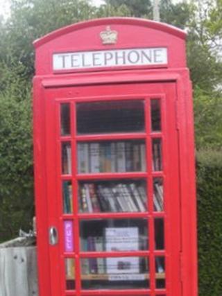 Bucklebury telephone box
