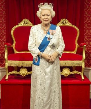 The new waxwork of the Queen