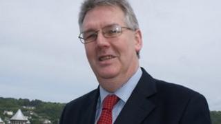y Cynghorydd Dyfed Edwards