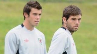 Gareth Bale a Joe Ledley