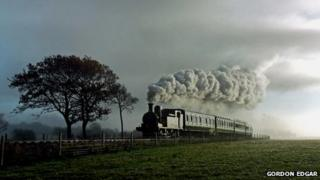 No. W24 'Calbourne' locomotive PHOTO: Gordon Edgar