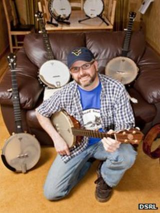 Neil Parkin and his banjos