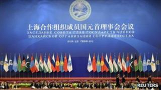 Chinese President Hu Jintao chairs the closing session of the Shanghai Cooperation Organization (SCO) summit in the Great Hall of the People in Beijing on 7 June, 2012
