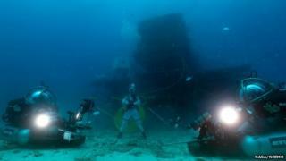 Aquarius and underwater vehicles