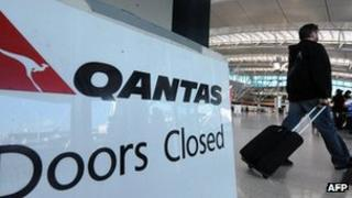 Sign showing Qantas strike