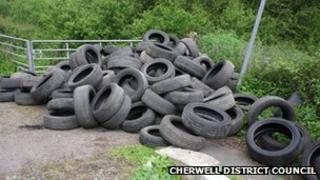 Tyres dumped in Claydon