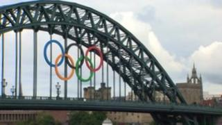 Olympic rings on Newcastle's Tyne Bridge