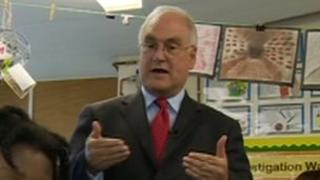 Sir Michael Wilshaw in classroom