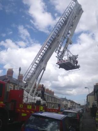 The fire service aerial ladder