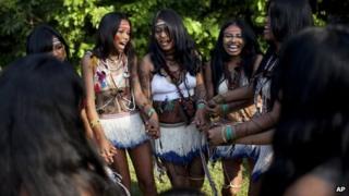 Guarani Iandewa tribal women in Rio, 13 June 2012