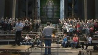 Rehearsals for Gloria at Coventry Cathedral