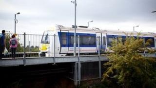 Train at Warwick Parkway station
