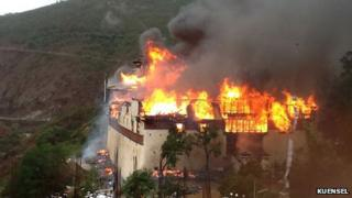 Wangdue Phodrang temple in flames
