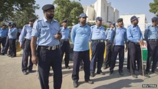 Policemen outside Pakistan's Supreme Court