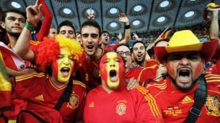 Spanish football fans
