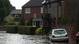 Flooding in Stratton St Margaret in 2007