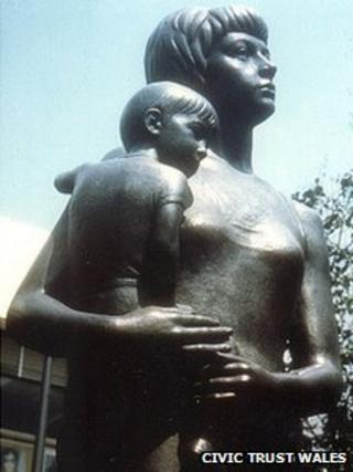 Blackburn's Mother and Child statue