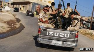 Members of Syria's rebel Free Syrian Army (file)