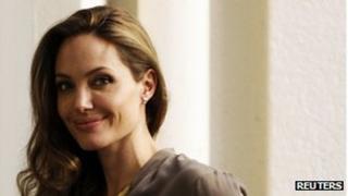 Angelina Jolie becomes 'Sarajevo citizen'