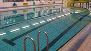 Oaklands Swimming Pool