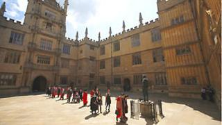 Oxford honorary degree for Aung San Suu Kyi