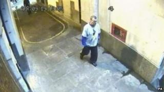 CCTV image of Ian Tomlinson on 1 April 2009