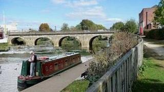 Impression of narrowboat moored on River Avon in Melksham