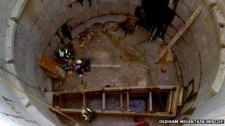 Metrolink rescue Oldham
