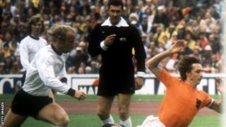 Jack Taylor officiating at the 1974 World Cup final