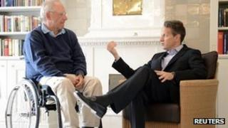 Timothy Geithner (r) meets Wolfgang Schaeuble