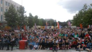 Crowds watching Tom Daley diving at the BBC Big Screen in Plymouth