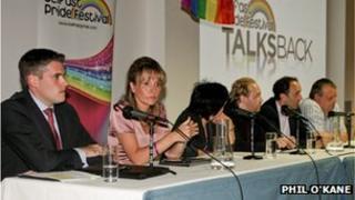 Gay pride dabte panel