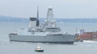 HMS Daring returning to Portsmouth