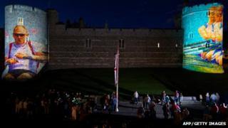 Rowing images on Windsor castle