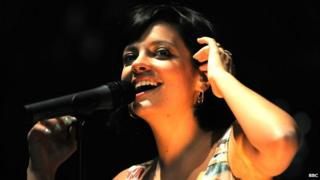 Lily Allen sings on stage