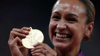 Jessica Ennis with her medal