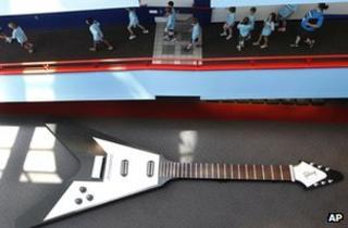 Model guitar in exhibition