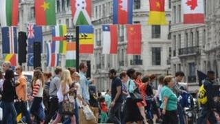 Regent Street shoppers