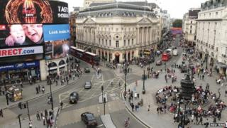 Advertising in London's Piccadilly Circus