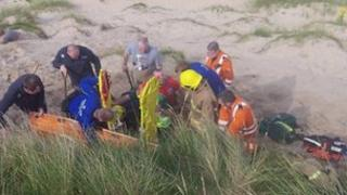 Rescuers at the sand dune