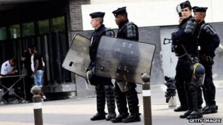 Police in Amiens