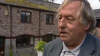 Tom Jones yn 2010