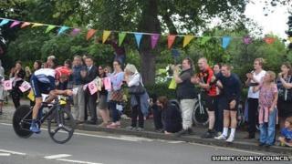 Bradley Wiggins races through Surrey