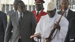 President Macky Sall and President Jahya Jammeh in Dakar (5 May 2012)