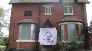 squatters' house