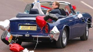 Kate and William leave Buckingham Palace
