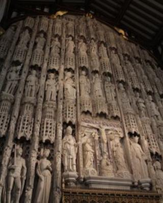 The wall of All Souls College chapel