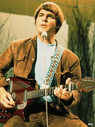 Joe South performing on the BBC's Bobby Gentrey show in 1969